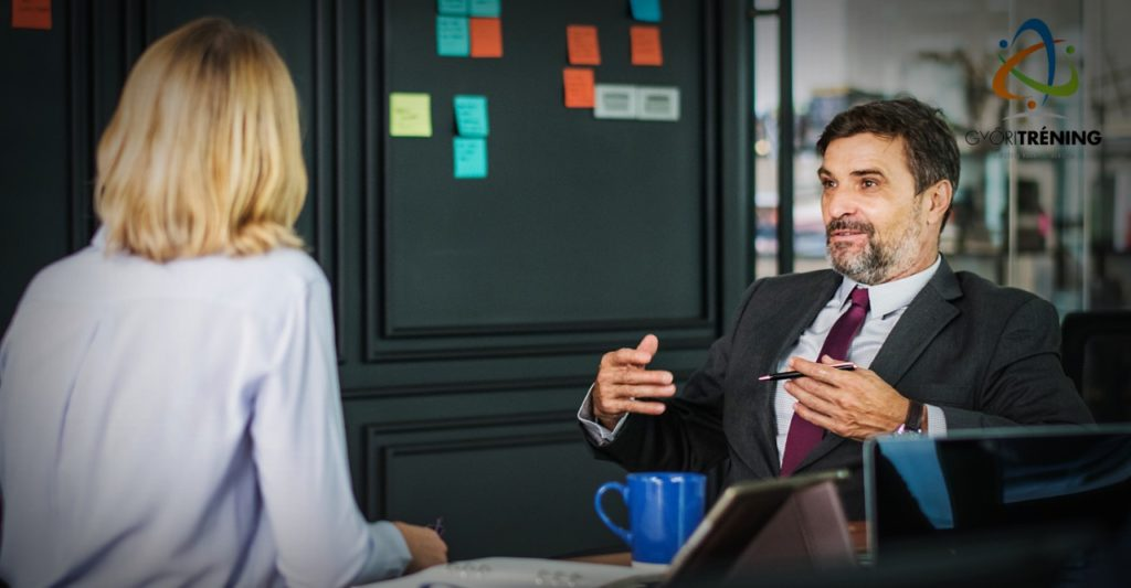 semleges beszélgetés nyitótechnika - figyelj az ügyfél környezetére